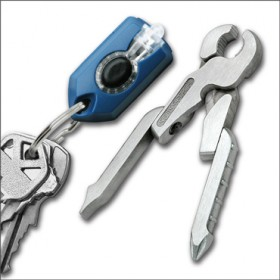SWISSTECH MICRO-PRO XL900 KEY RING WITH TORCH AND STAINLESS STEEL CLAMP