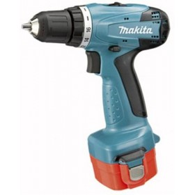 MAKITA 6271DWPE 12V BATTERY DRILL WITH 2 BATTERIES